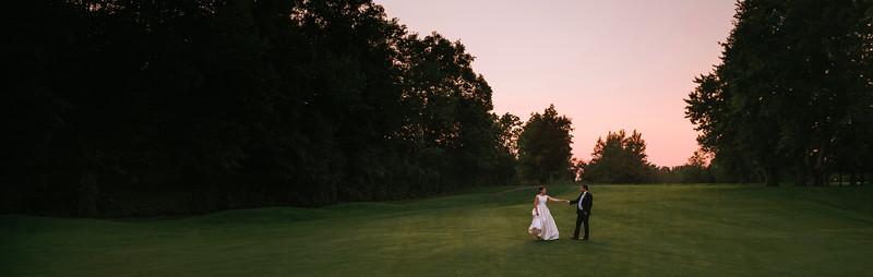 Best Montreal Wedding Photographer Videographer | Ile Bizzard Golf | Lindsay Muciy Photography