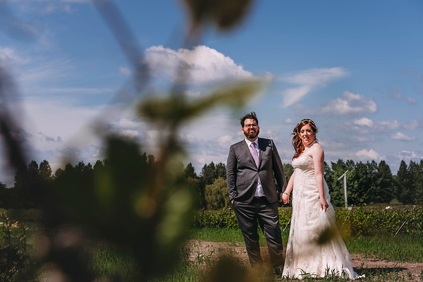 Best Montreal Wedding Photographer | Tire-Bouchon de L'Orpailleur | Dunham | Quebec | Wedding Photo and Video Montreal | LMP
