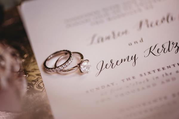 Best Montreal Wedding Photographer | Beatrice Restaurant | Wedding Photo and Video Montreal | LMP