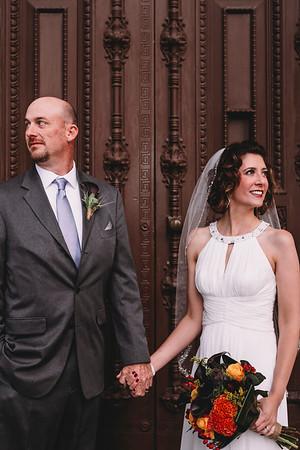Montreal Wedding Photographers   Montreal Wedding Videographers   Vieux Port   Elopement   LMP Photo and Video