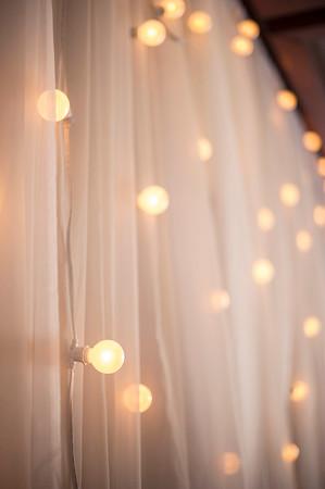 Montreal Wedding photographer | Gold Saint-Raphael | L'Ile-Bizard | Lindsay Muciy Photography |