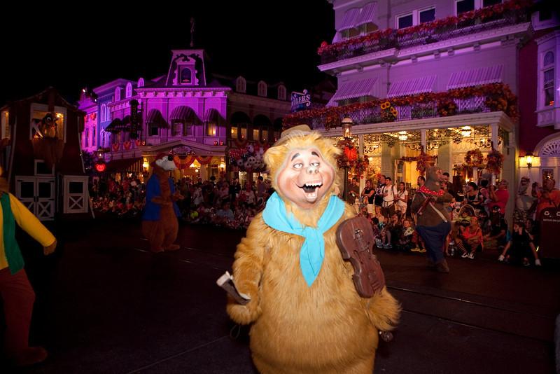 Disney_131017_2102