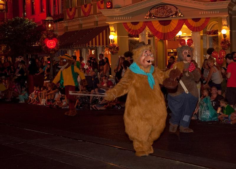 Disney_131018_2476