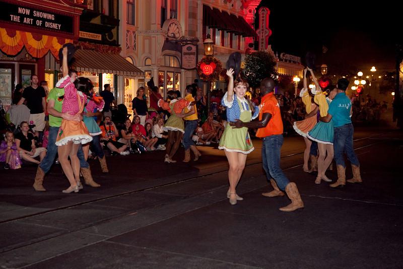 Disney_131018_2475
