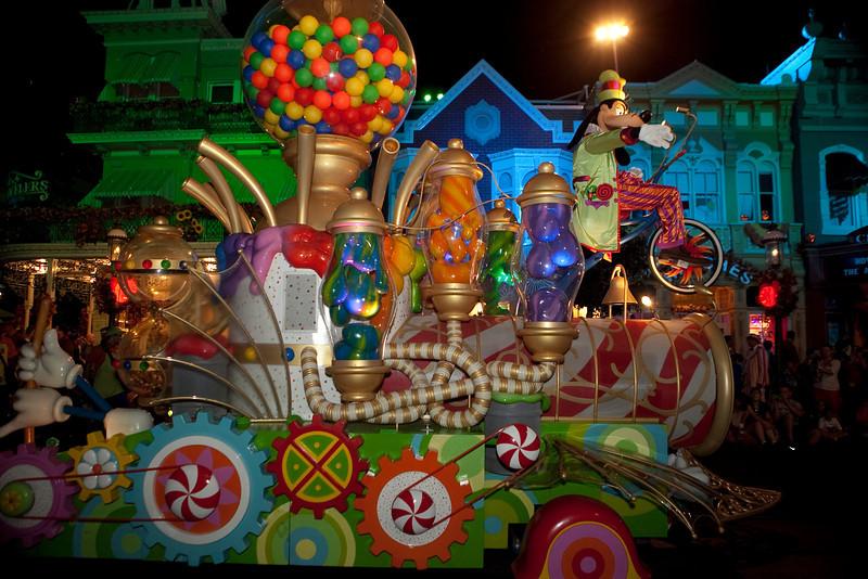 Disney_131017_2130