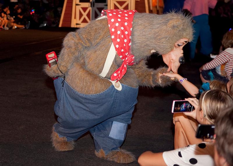 Disney_131018_2316