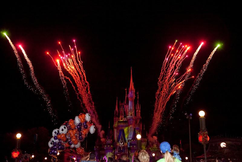 Disney_131018_2234
