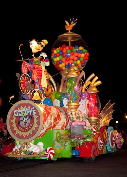 Disney_131018_2330