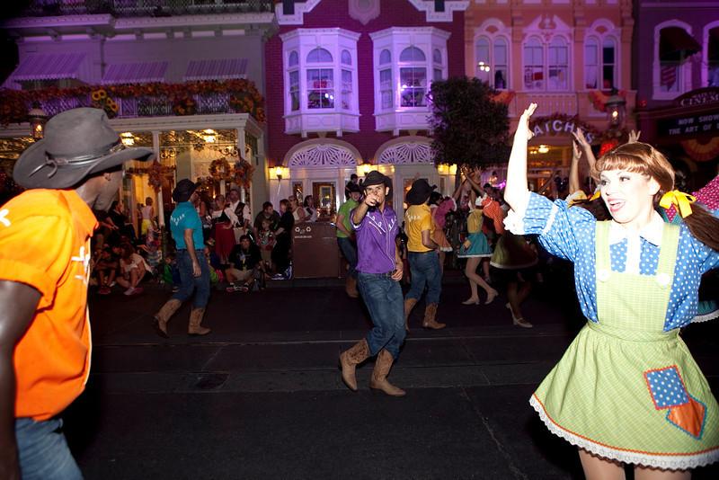 Disney_131018_2471