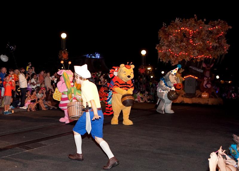 Disney_131018_2258