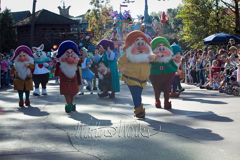Disney_141218_4072
