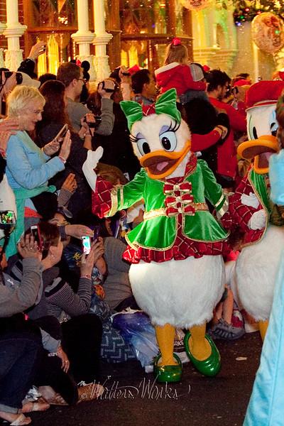 Disney_141216_1471