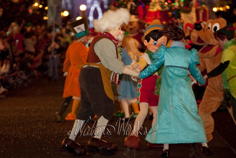 Disney_141216_1453