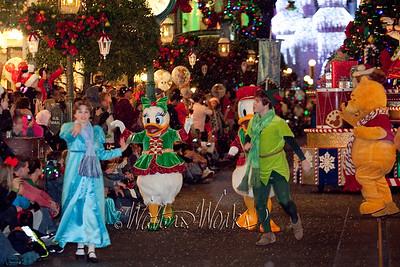 Disney_141216_1462