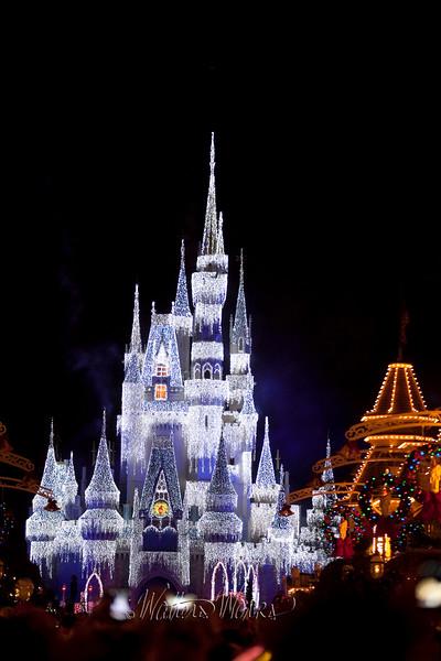 Disney_141216_1398