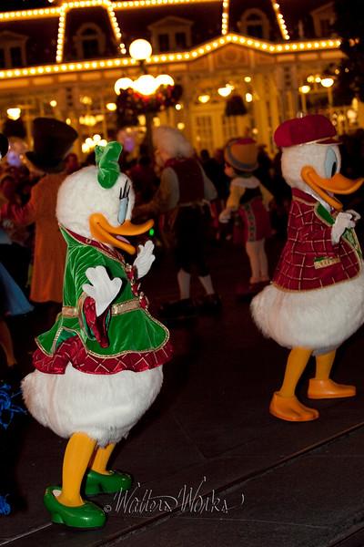 Disney_141216_1489