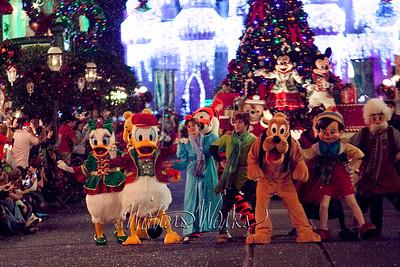 Disney_141216_1442