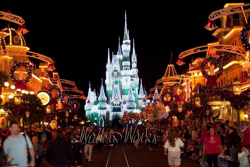 Disney_141216_1418