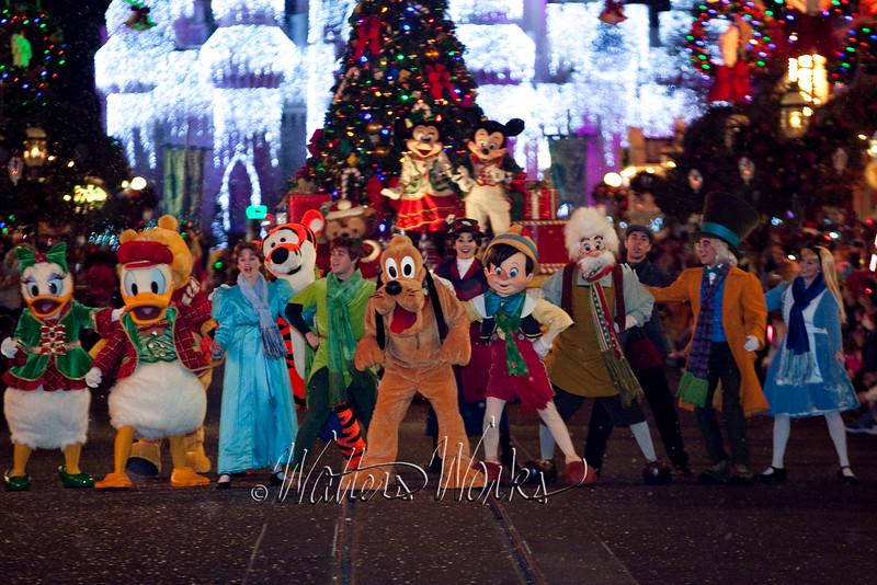 Disney_141216_1441