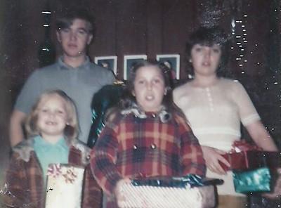 David, Kathy, Mary and Nancy Hardy