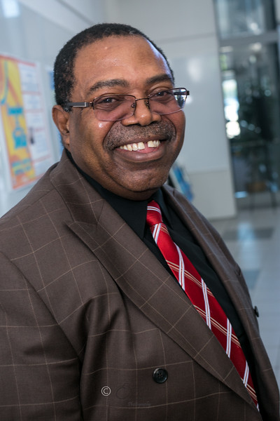 Dr Elele