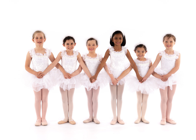 _Pre_Ballet_1_2_Dance_of_the_Swans-3
