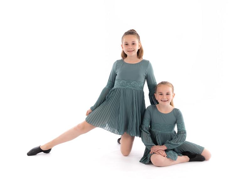 Emma_and_Bayleigh-1