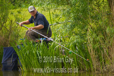 Chris Telling fishes the short pole in the near side margins