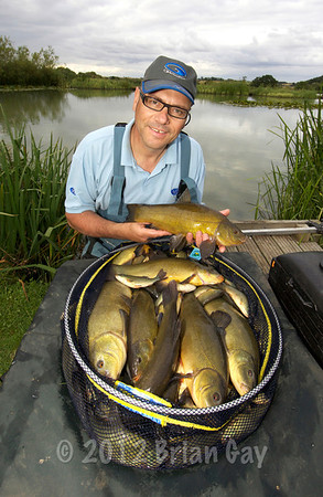 No big lumps but I was happy with this fine tench bag.