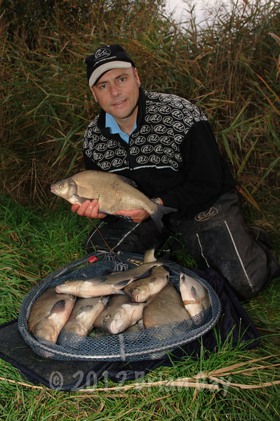 Nine bream from Apex Lake on the pole and corn in November! © Brian Gay