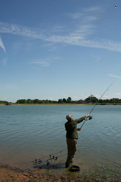 Brian Gay casting a Spomb at Durleigh reservoir. © 2014 Shawn Kittridge / v2v-visuals.co.uk