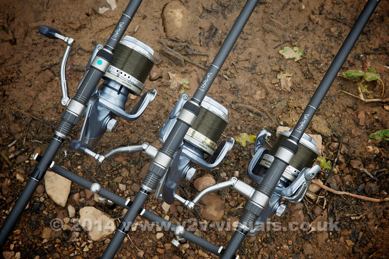My combination is tapered 8 to 40 lb line, Shimano 10000 C14 Ultegras and Nash NRXD 13 ft, 3.5 TC rods.