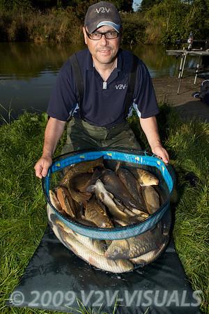 Brian Gay with 100 lb of carp from peg 15 on Canal 2. Greenridge Farm, nr Romsey, Hants. UK © 2009 Brian Gay