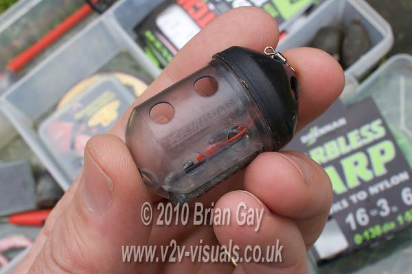 20 gr. Kamasan Black Cap feeder. © 2010 Brian Gay