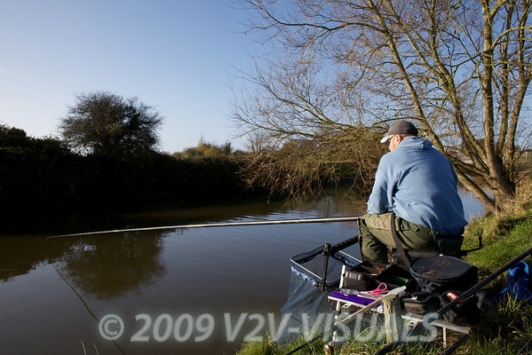 Waiting for a bite. River Kenn session 201109. © 2009 Brian Gay