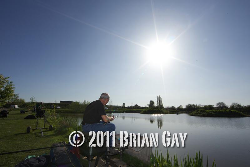 Brian Gatiss and Jamie Coook, top kit challenge at the Sedges, Bridgwater, Somerset. © 2011 Brian Gay