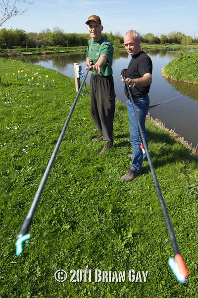 Brian Gatiss and Jamie Cook shake hands before their top kit challenge on Tile Lake at the Sedges, Bridgwater, Somerset. © 2011 Brian Gay