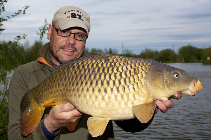 Best fish of the day was this margin tempted 14 lb common carp from the left hand margin on the Korum combo.