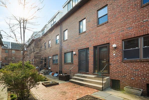 Kristen Foote Berkshire Hathaway 524 Lombard St, Philadelphia, PA-online-11