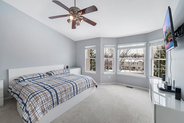 Redfin Brian Walters 3603 N Carriage Ct North Whales PA-online-14