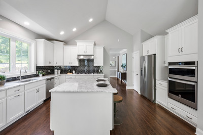 Toll Brothers Ridgewood at Middlebury CT Bethel Model-online-09