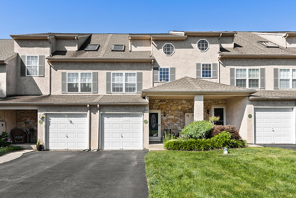 Holly Rehfuss 305 Parkview Dr Souderton-online-01