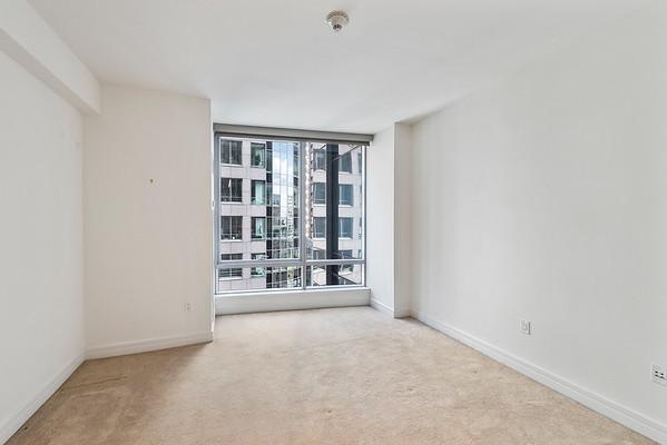 Elizabeth McGowan Ritz Carlton Apartments 14H-online-17