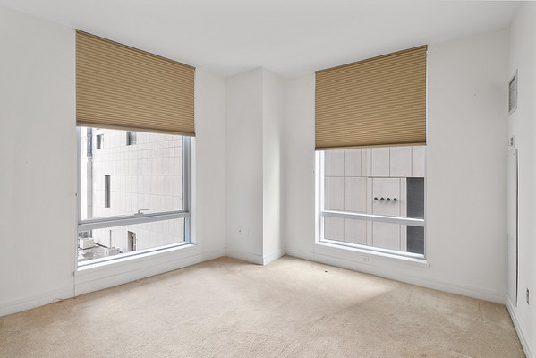Elizabeth McGowan Ritz Carlton Apartments 14H-online-02