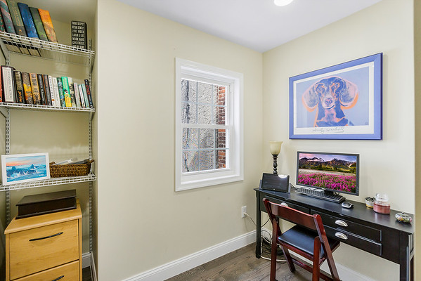 Julie Russel Coldwell Banker 1147 Mercy St Phila PA-online-20