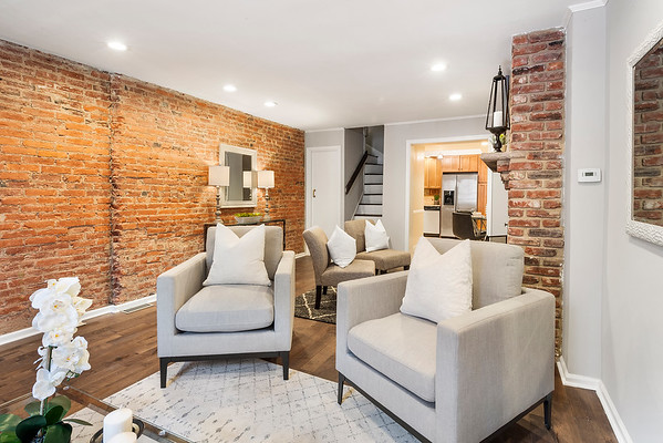 Julie Russell Coldwell Banker 630 S American St Phila-online-05