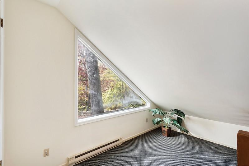 Leaf Robin Eskind 1 Mountain Rd, Tewksbury, NJ-online-22