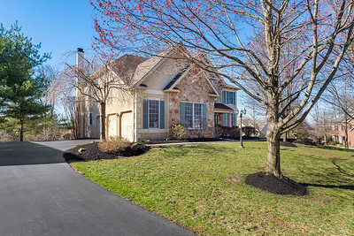 Beth and Tom Weber ReMax 2514 Condor Drive Audubon PA-online-02