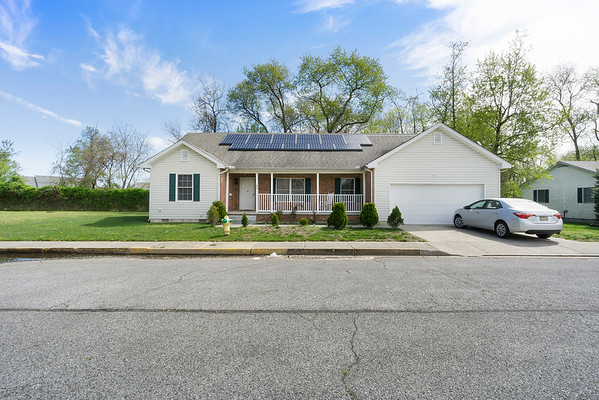 Angela DiCualco Redfin 411 N Catherine St Middletown DE-online-02