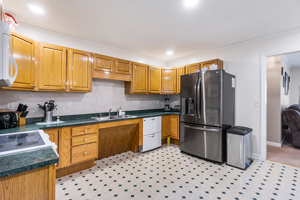 Angela DiCualco Redfin 411 N Catherine St Middletown DE-online-08